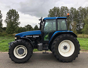 Ford-New Holland 8360